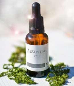 essential-oils-2385087_1920